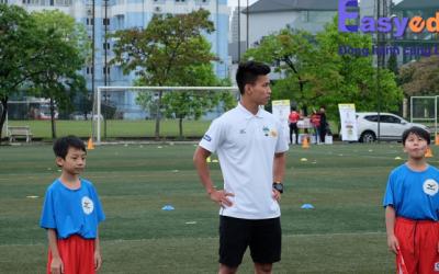 VietGoal- Rèn luyện kĩ năng bóng đá cho trẻ em